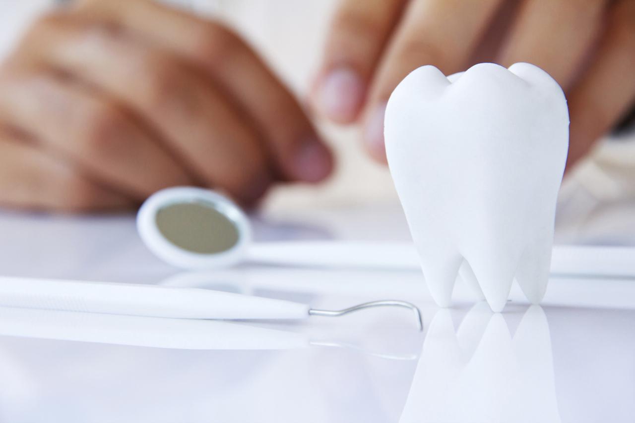 Implantologia con impianti dentali a griglia per pazienti con poco osso